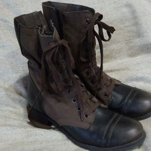 Cute Lace Up Boots